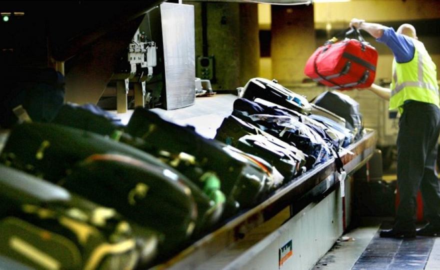 Info compagnie aeree approfondimenti - Cosa posso portare in aereo con bagaglio a mano ...